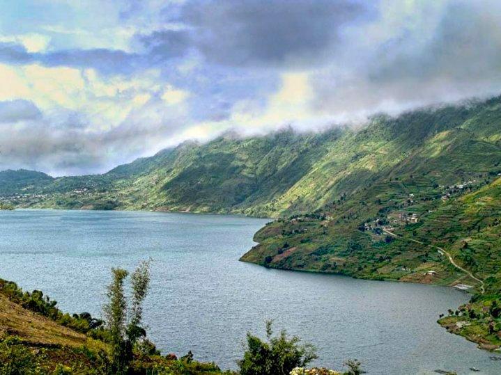 Cerita Unik Orang Pendek Danau Gunung Tujuh Kerinci
